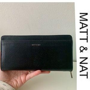 Matt & Nat Wallet Webber Zip-Around PVC Wallet